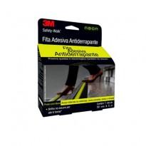 Fita/Lixa Antiderrapante para Escada Safety Walk Neon 3M